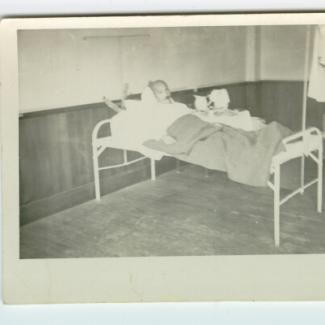 1969.33.0002 (Print, photographic) image