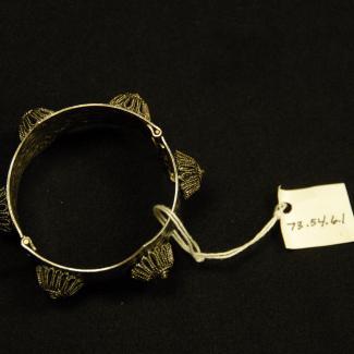 1973.54.6.1 (Bracelet) image