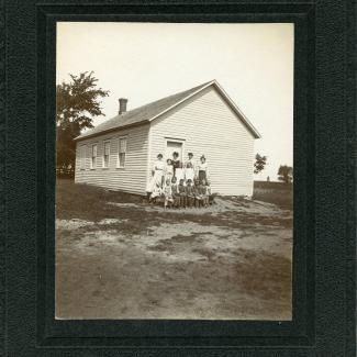1975.4.0087 (Print, photographic) image