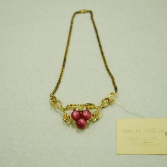 UNIM1986.14.1985.4.0029 (Necklace) image